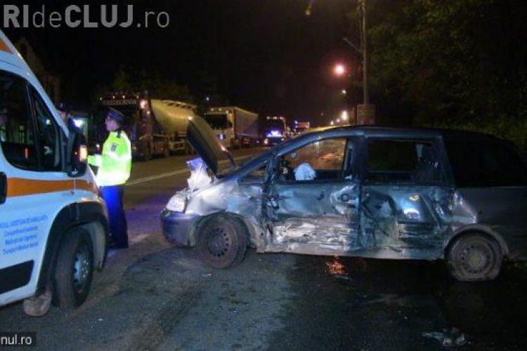 Accident grav la gara din Dej! Două mașini s-au făcut praf, în urma unei ciocniri violente VIDEO