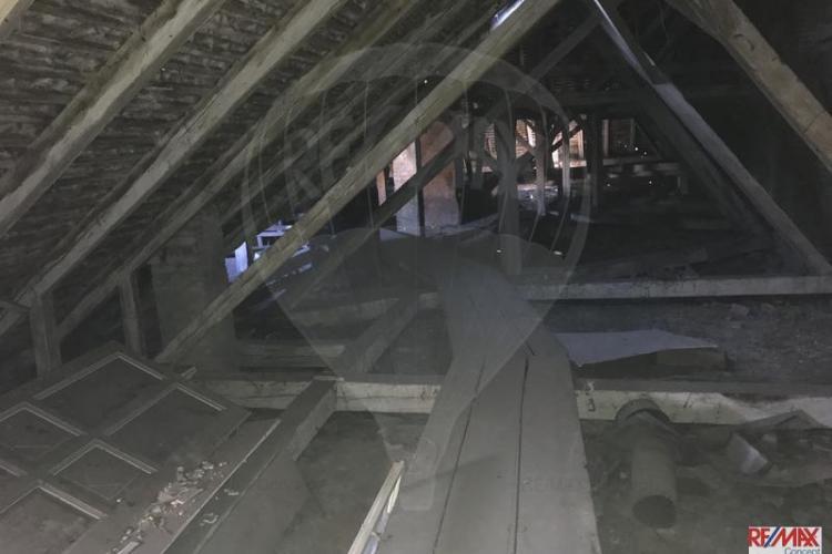 Cluj: Vinde un pod mansardabil cu 140.000 de euro