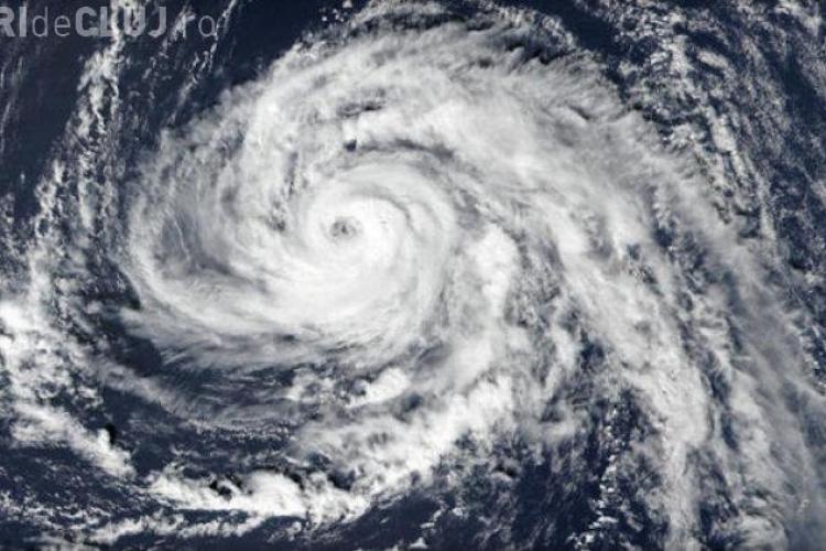 MAE a emis un avesrtisment de tip COD ROȘU de călătorie în Irlanda! Uraganul Ophelia va lovi coasta vestică
