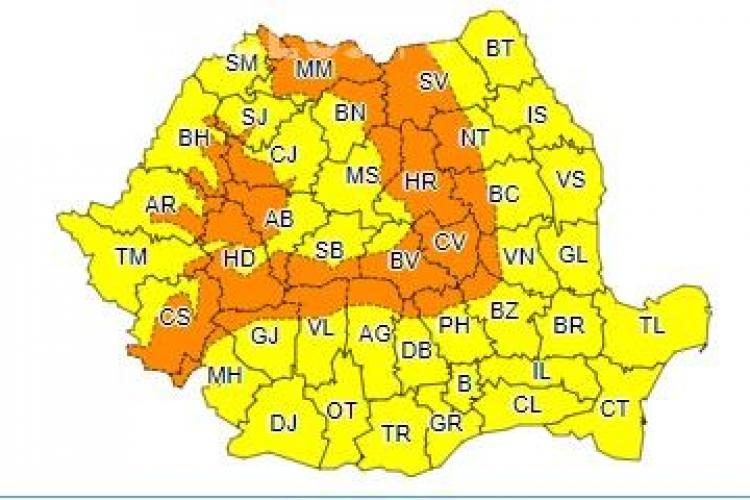 Val de ninsori și temperaturi scăzute în toată țara! La Cluj se anunță cod portocaliu