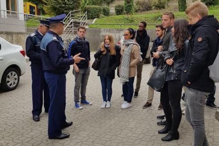 Polițiștii fac acțiuni în campusurile universitare din Cluj. Care sunt recomandările oamenilor legii pentru studenți