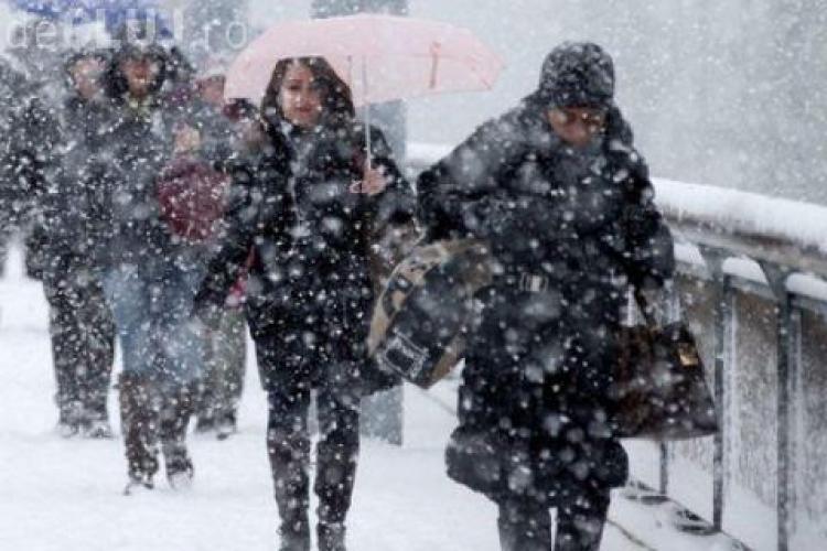 Vremea se strică! Ninsori, lapoviță și îngheț