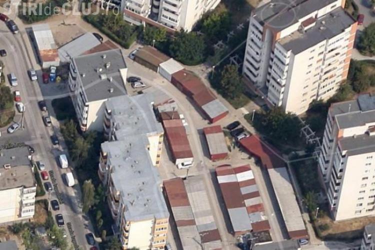 În loc să le demoleze, Primăria Cluj-Napoca prelungește abonamentele pentru GARAJE