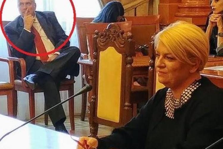 Romeo Couți trage sfori la București pentru ca Doina Gradea să-l repună șef la TVR Cluj