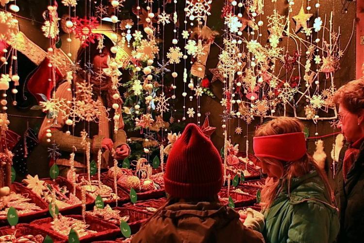 Târgul de Crăciun din Florești se deschide în 1 decembrie. Veste bună despre patinoar