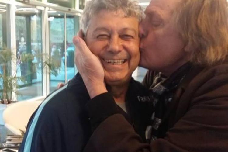 FOTO de colecție. Florin Piersic îl sărută cu drag pe Mircea Lucescu