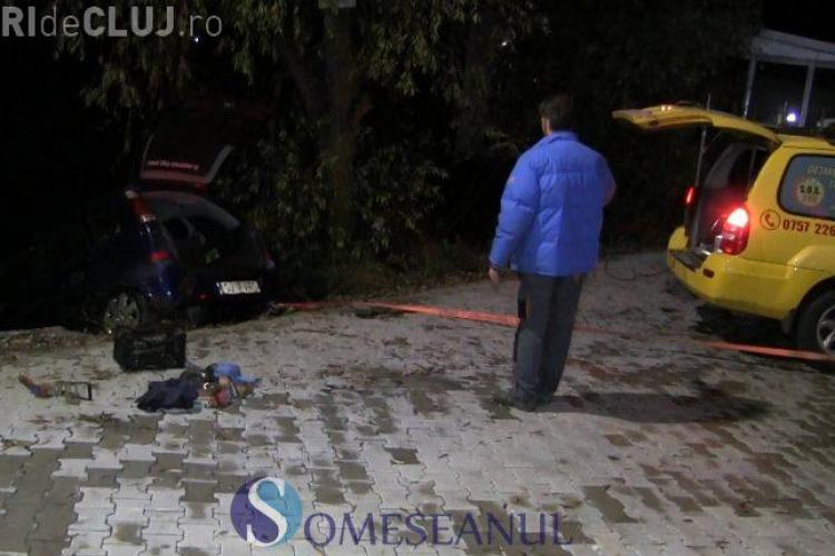 Accident la ieșire din Gherla. O mașină a ajuns în Someș VIDEO
