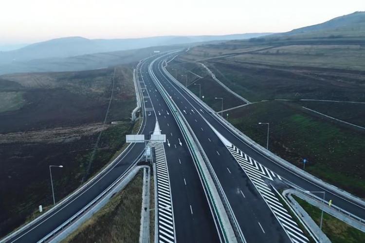 """Lotul de autostradă """"muzeu"""", Gilău-Nădășelu, este gata, dar nu poate fi folosit"""