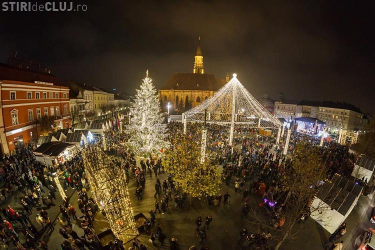 Hoții din buzunare lucrează la Târgul de Crăciun din Piața Unirii