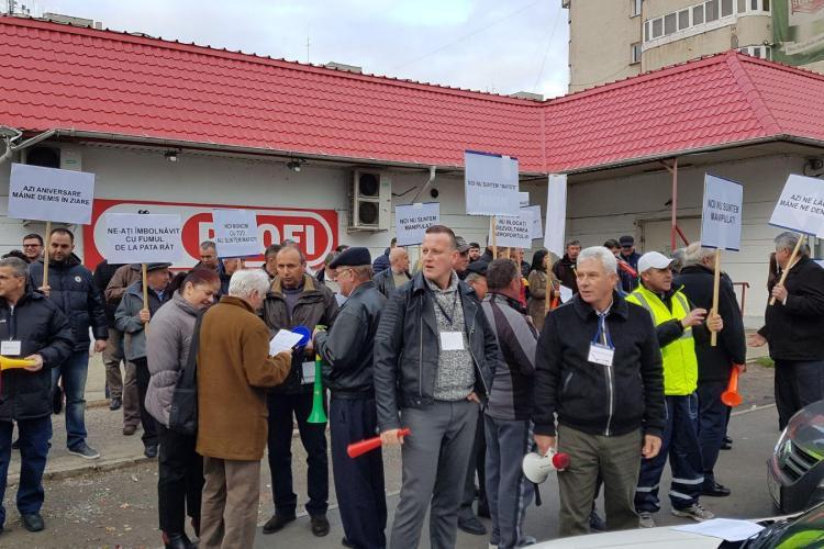 Sindicaliștii de la Aeroport protestează împotriva conducerii Consiliului Județean Cluj FOTO/VIDEO