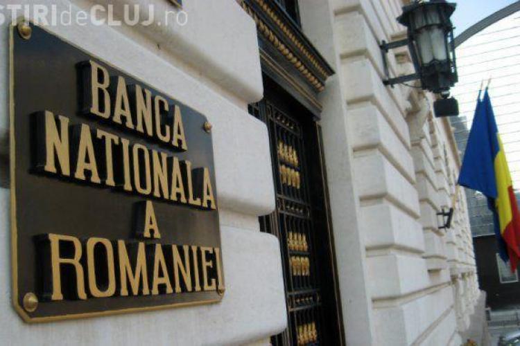 Premierul Tudose a acuzat BNR de deprecierea leului. Cum răspund oficialii Băncii Naționale