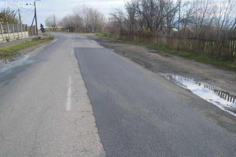 CJ Cluj anunță că au loc lucrări de reabilitare și întreținere pe un drum județean de 42 kilometri