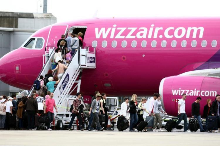 Wizz Air a pierdut toate bagajele zborului Londra - Cluj-Napoca / UPDATE: Wizz Air își cere scuze