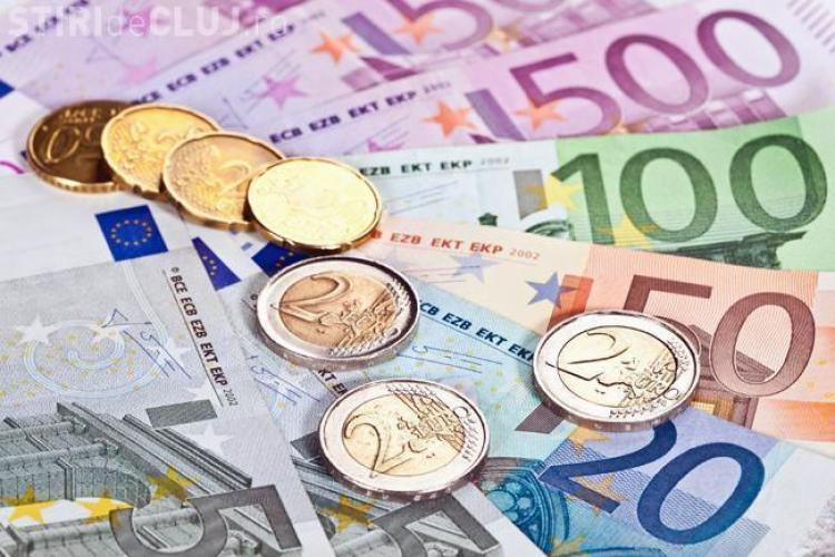 Euro la un nou maxim istoric: 4,6614 lei