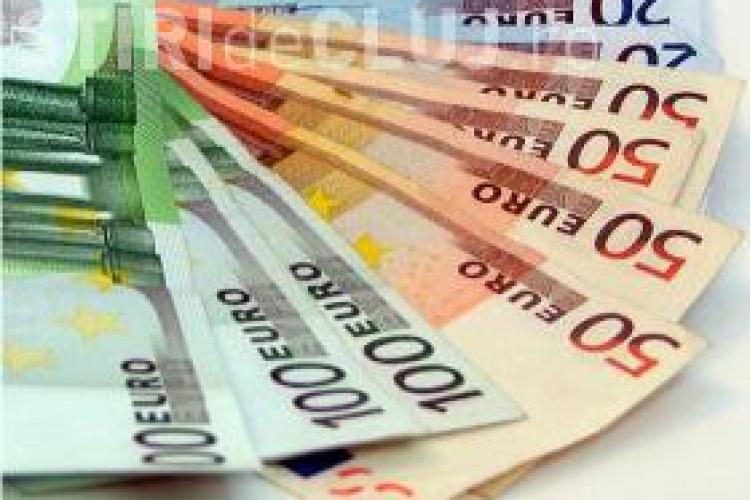 Creștere minusculă a leului în raport cu euro. Dolarul s-a apreciat față de moneda românească