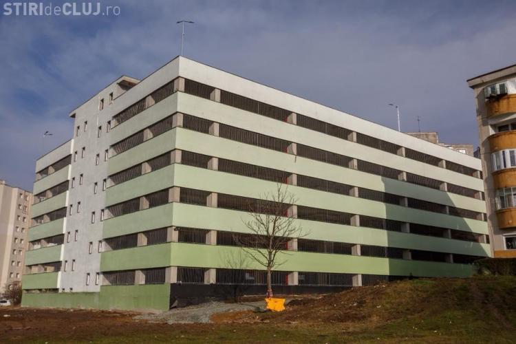 A fost finalizat parkingul de pe Negoiu. Primăria a început procedura de recepție FOTO