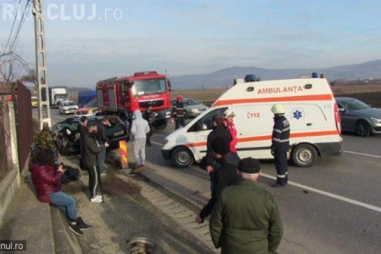 Accident cu 9 victime pe centura Gherla! Un șofer a intrat într-o depășire periculoasă fără să se asigure VIDEO