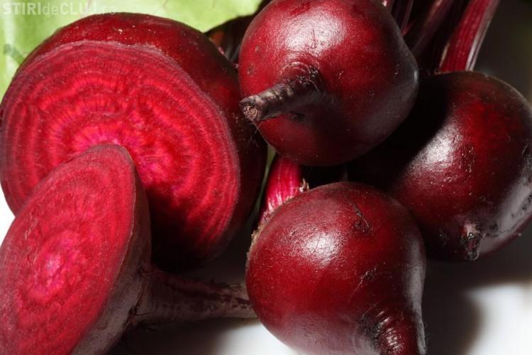 Consumă de sfeclă roşie. Ce beneficii au 100 de grame