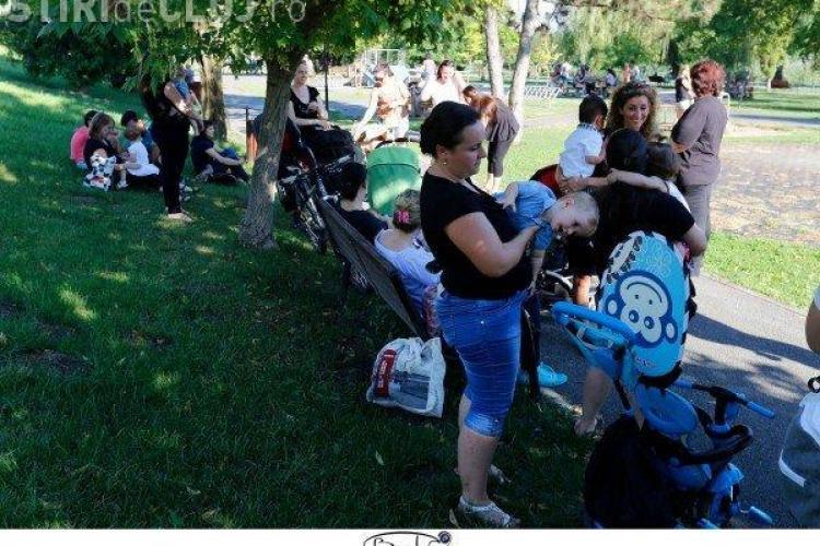 Proiect de lege: UNELE mame care alăptează în public pot fi amendate