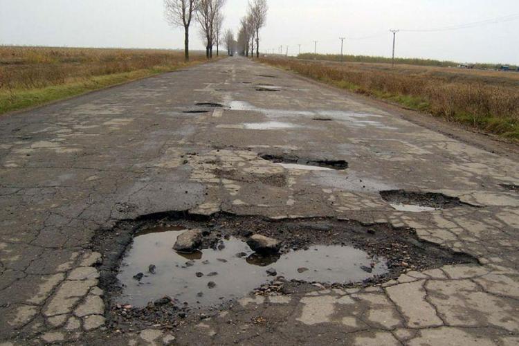 Ce drumuri din Cluj vor fi reparate în 2018