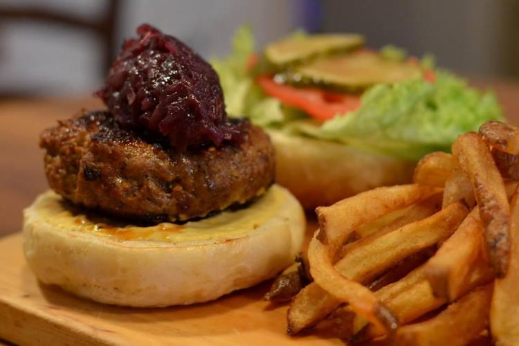Cluj - Un restaurant se închide din cauza HAOSULUI FISCAL generat de guvernanți