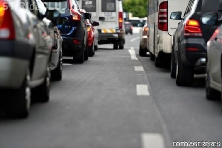 Ce a pățit un șofer clujean în trafic după ce a ajutat un alt conducător auto