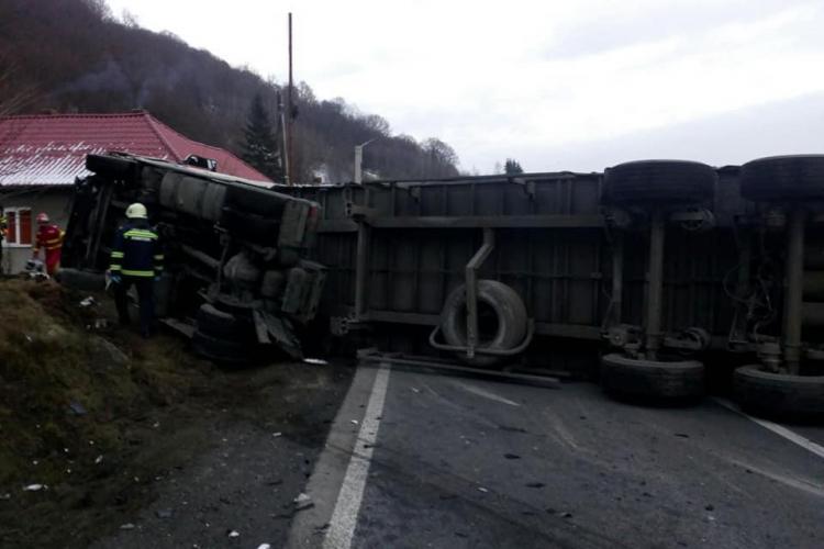 Accident GRAV între Poieni și Ciucea. Două persoane au murit - FOTO