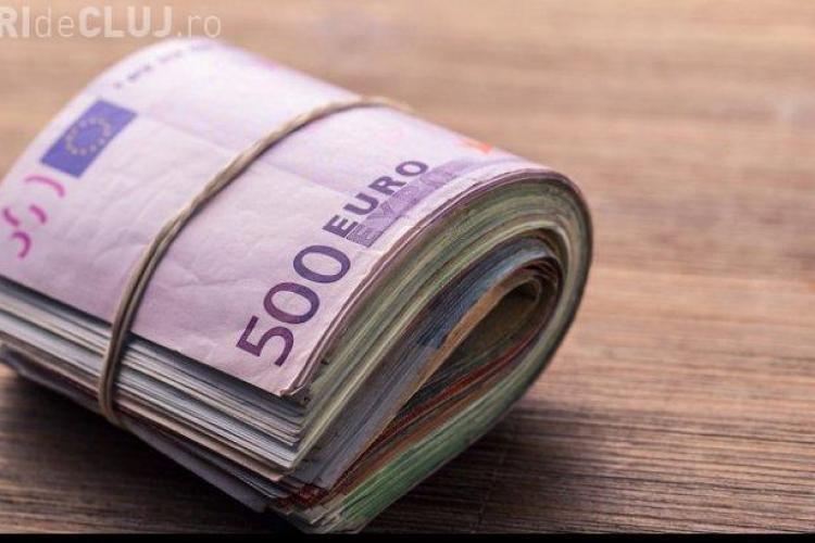 Românii care trimit bani în țară, verificați de stat. Ce sume sunt vizate