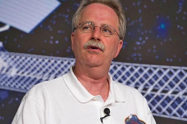 Director NASA: Dacă aţi şti măcar o fracţiune din ce facem, nu aţi mai dormi noaptea
