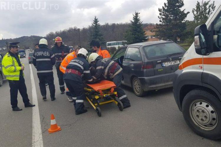 Accident la intrare în Dej. O șoferiță de 19 ani a lovit în plin un autoturism VIDEO