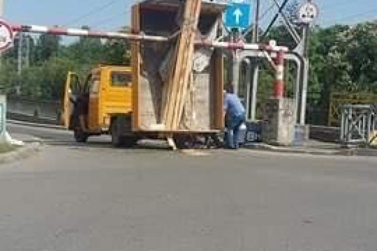 Dorel pe strada Mamaia din Cluj-Napoca - FOTO