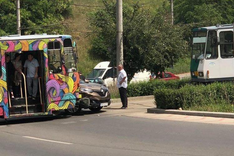 """Berbec"" lovit de tramvai la Calvaria. Al doilea tramvai a frânat - FOTO"