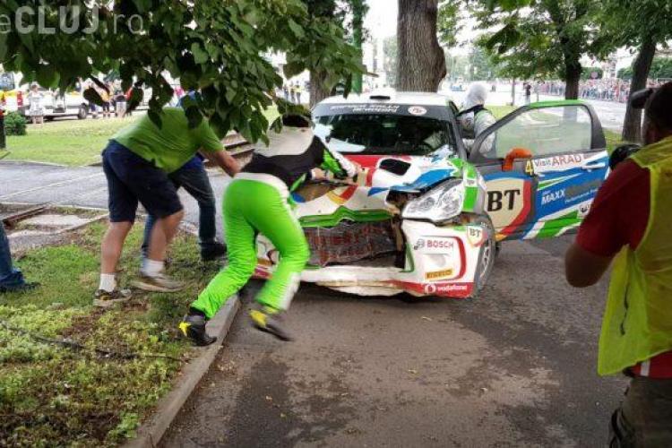 Simone Tempestini a lovit un copac la Raliul Aradului - FOTO