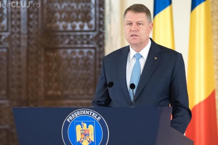 Klaus Iohannis acuză PSD-ul că amanetează viitorul ţării