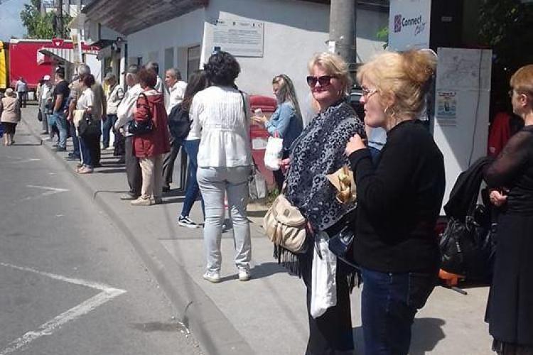 35 de minute de așteptare în stația CTP din Piața 1 Mai - FOTO