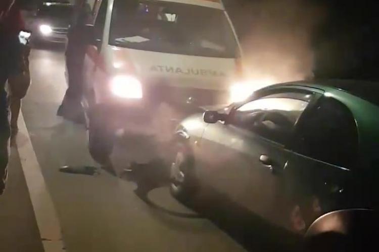 Șoferul RUPT de beat la volan care a intrat cu mașina intr-o ambulanță la Florești, reținut de polițiști