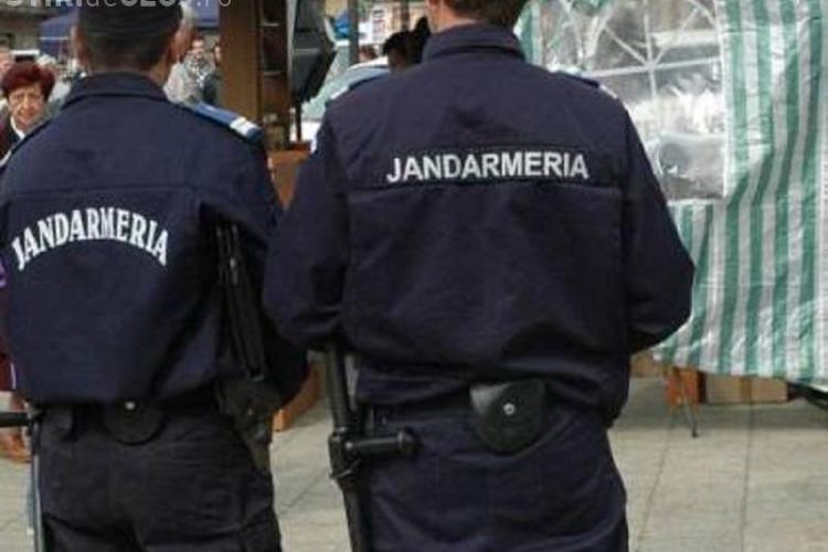România, țara în care și oamenii legii te fură! Doi jandarmi au fost arestați după ce au tâlhărit mai multe femei