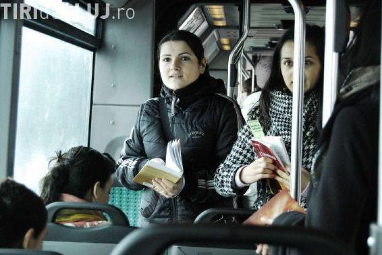 Lecturi urbane revine in autobuze, in 26 noiembrie
