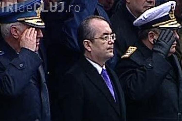 Emil Boc a fost huiduit la parada militara din Bucuresti - VIDEO