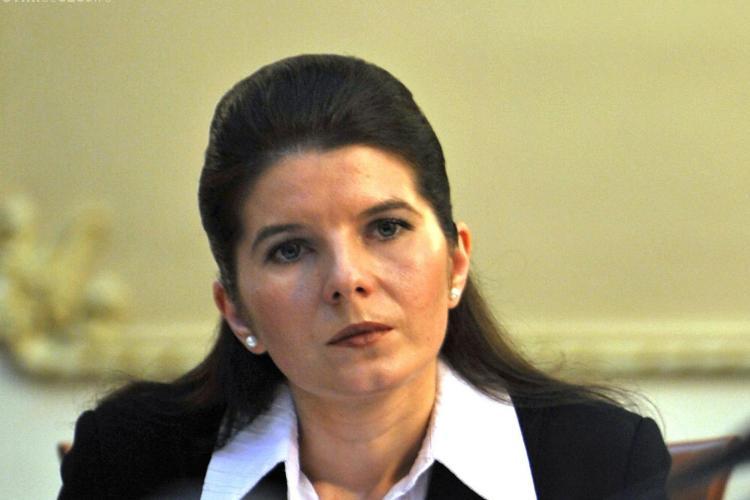Monica Iacob-Ridzi a fost internata in spital in stare grava