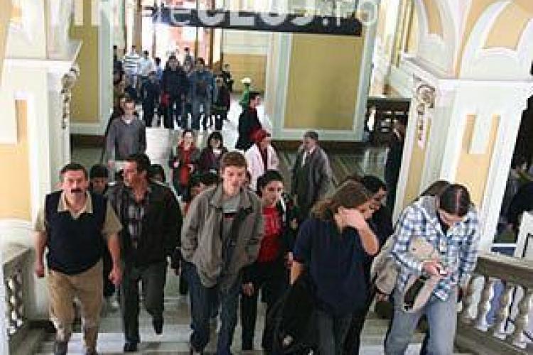 Studentii liberali cred ca noua Lege a Educatiei va duce la falimentul moral al invatamantului romanesc
