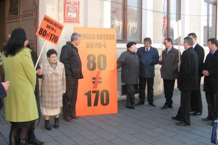 PNL Cluj a strans 3.600 de semnaturi pentru demiterea Robertei Anastase