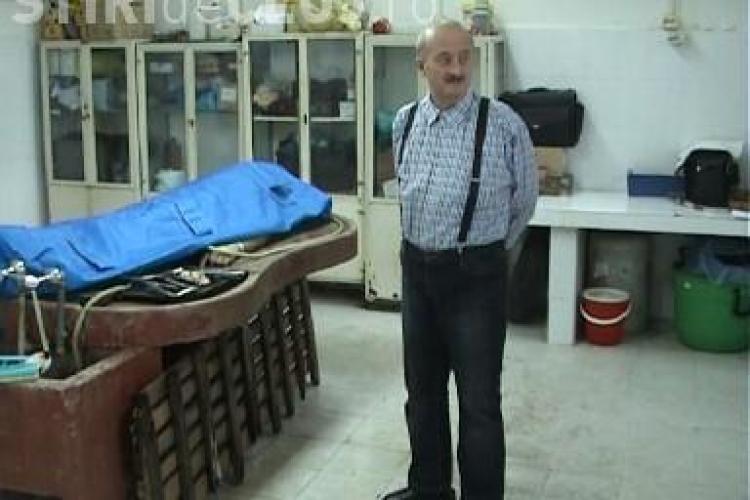 IML Cluj plateste din bani publici o firma de pompe funebre pentru a face treaba angajatilor