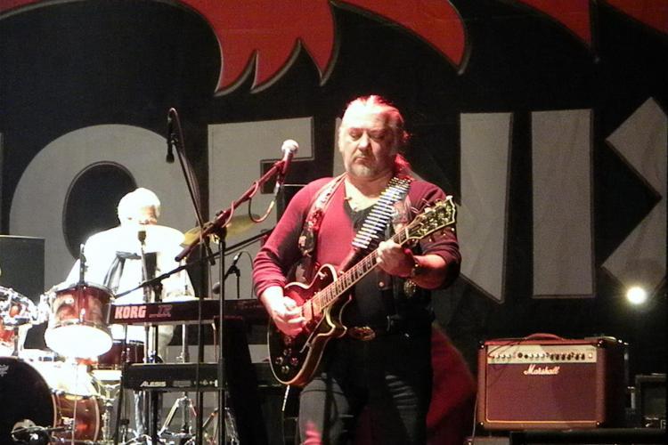Phoenix a facut show la concertul de la Sala Sporturilor din Cluj Napoca! VEZI piesa Andri Popa - VIDEO si FOTO