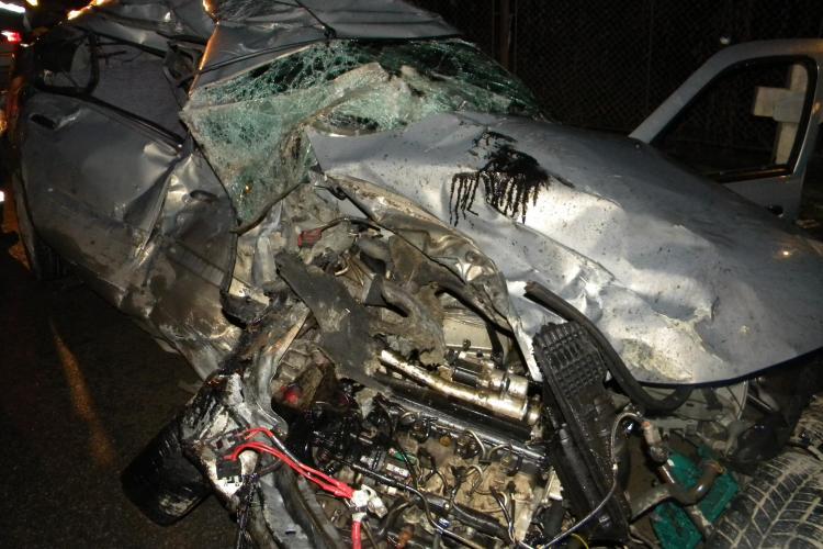 Accident grav la intrarea in Dej dinspre Gherla! Doi tineri au murit pe loc in urma impactului si unul a fost ranit! - VIDEO si FOTO