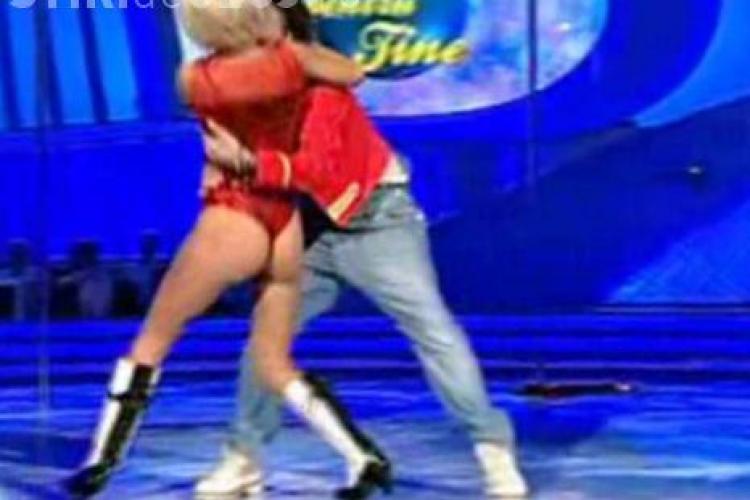 "Dana Rogoz se dezbraca la ""Dansez pentru tine""! - VIDEO"