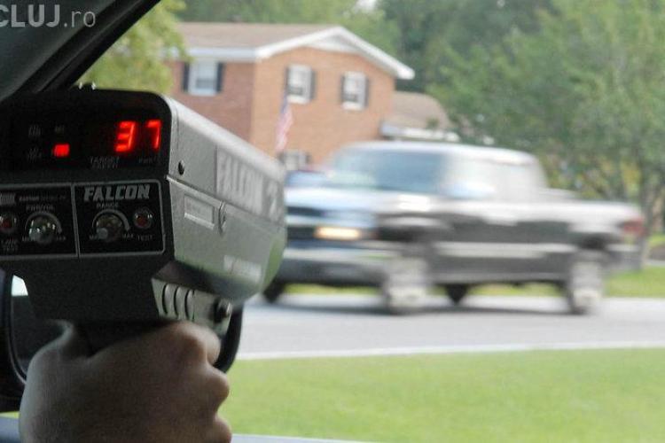 Poliţia rutieră va avea voie să pună radare NUMAI în aceste locuri. Cum va fi folosit radarul pistol