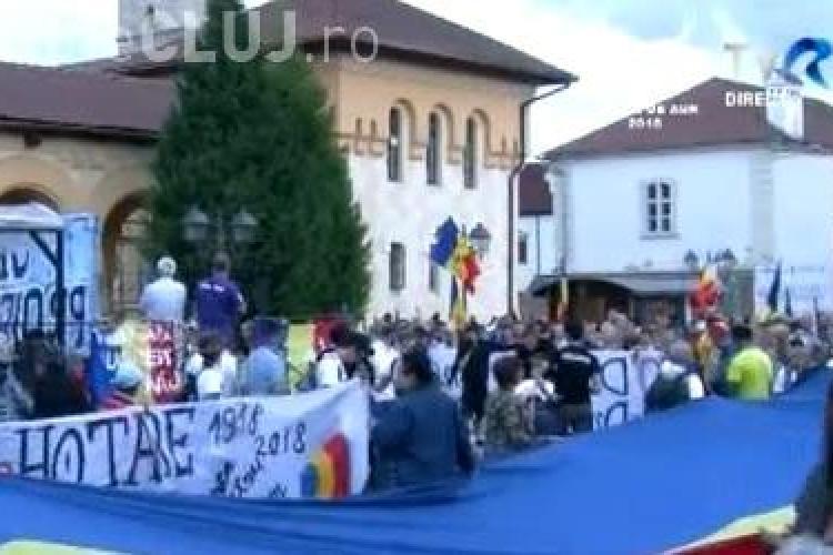 Flacăra Unirii ajunge și la Cluj! Destinația finală e Chișinău