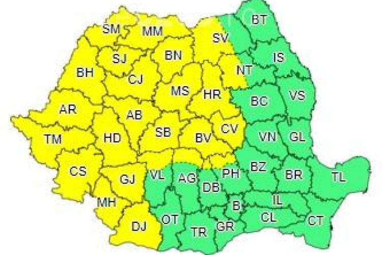 Jumătate de țară sub cod galben de furtuni! Clujul este afectat