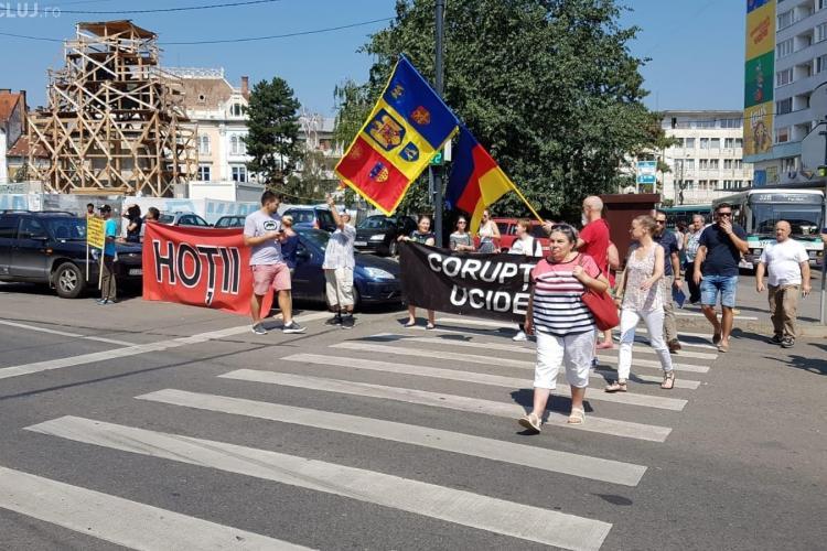 Protest din Diaspora la Cluj. Românii plecați în străinătate au început deja să se adune FOTO/VIDEO